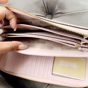 Michael Kors Bags - Micheal kors wallet